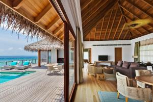 Dusit Thani Maldives (18 of 109)