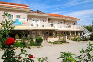 Hostels e Albergues - Santa Barbara Lakis Apartments