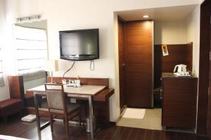 Hotel Stay Inn, Hotely  Hajdarábád - big - 103