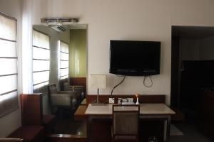 Hotel Stay Inn, Hotely  Hajdarábad - big - 21