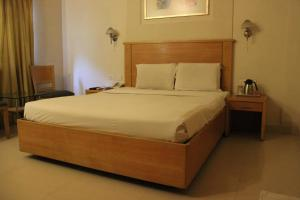 Hotel Stay Inn, Hotely  Hajdarábad - big - 52