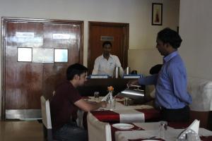 Hotel Stay Inn, Hotely  Hajdarábad - big - 50