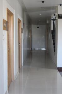 Hotel Stay Inn, Hotely  Hajdarábad - big - 37