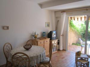 Apartment Parcs de la fouasse, Appartamenti  Le Lavandou - big - 4