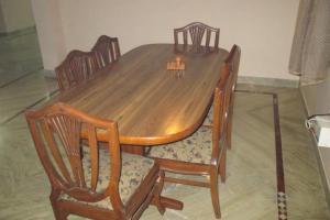 Room in a homestay in DLF Ph. 4, Gurgaon, by GuestHouser 12140, Dovolenkové domy  Gurugram - big - 6
