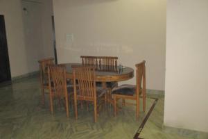 Room in a homestay in DLF Ph. 4, Gurgaon, by GuestHouser 12140, Dovolenkové domy  Gurugram - big - 8