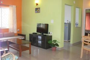 Apartment room in Sailgao, Goa, by GuestHouser 22213, Apartments  Saligao - big - 9