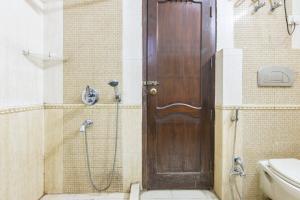 BnB room in Sector 40, Gurgaon, by GuestHouser 2339, Prázdninové domy  Gurgáon - big - 4