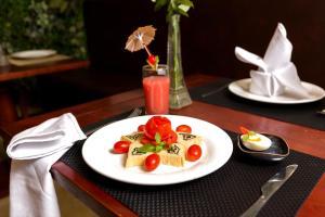 Splendid Holiday Hotel, Hotels  Hanoi - big - 34