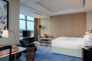 Hilton Jinan South Hotel & Residences, Hotely  Ťi-nan - big - 38