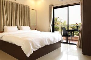 . Saburi Apartments Shirdi