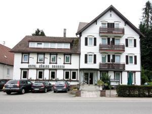 Hotel Kuhler Brunnen mit Gastehaus
