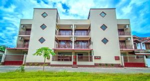 . 4D Luxury Hotel Apartments