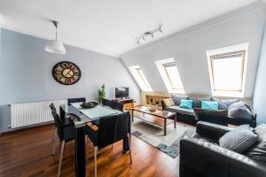 A&D Designer Homes – Synagogue