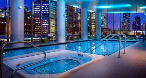 Executive 3 Bedroom Condo, Апартаменты  Торонто - big - 37