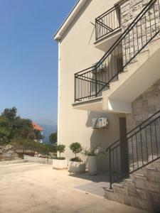 Luxury apartment Djurasevichi, Ferienwohnungen  Tivat - big - 6