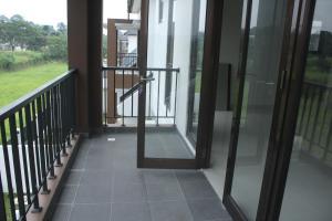 Villa Bogor Nirwana, Nyaralók  Bogor - big - 6