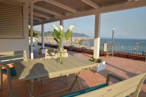 Domina Fluctuum - Penthouse in Salerno Amalfi Coast, Apartmány  Salerno - big - 48