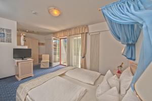 Hotel Villa Groff, Hotels  Ora/Auer - big - 12