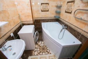 New apartment Lazurniy kvartal center, Apartments  Astana - big - 22