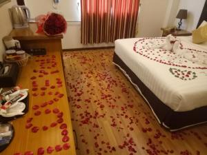 Shwe Bon Nan Hotel, Hotel  Moulmein - big - 10