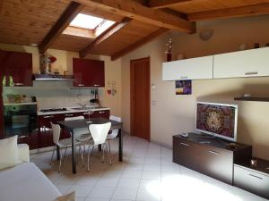 Andrea's Apartments - Chiasserini - AbcAlberghi.com