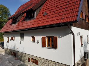 Rustic Lodge Plitvice, Bed and Breakfasts  Jezerce - big - 70
