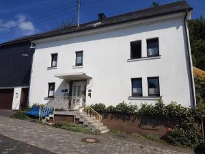 Ferienwohnung Haus Bauer - Burbach