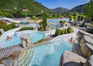 Location gîte, chambres d'hotes Camping RCN Val de Cantobre dans le département Aveyron 12