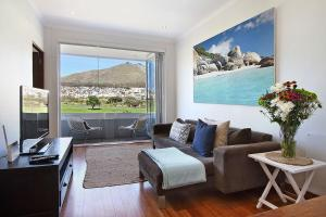 Vredenhof Self Catering Apartment - Mouille Point