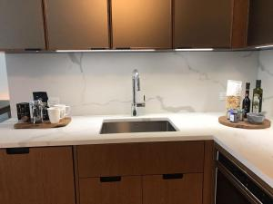 Exquisite 2 Bedroom 2 Baths all modern and High end Furniture, Apartmány  New York - big - 38