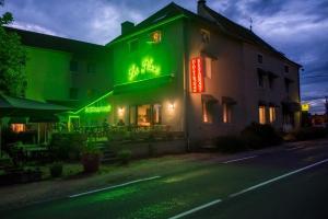 Hotel Restaurant La Place - Flagy