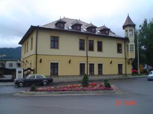 Pension Iris - Hotel - Vatra Dornei