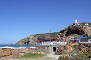 1 Point Village Guesthouse & Holiday Cottages, Apartmanok  Mossel Bay - big - 114
