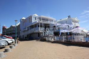 1 Point Village Guesthouse & Holiday Cottages, Apartmanok  Mossel Bay - big - 108