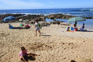 1 Point Village Guesthouse & Holiday Cottages, Apartmanok  Mossel Bay - big - 100