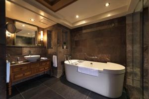 Le Michlifen Ifrane Suites & Spa (8 of 92)