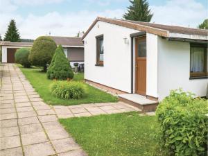 Studio Holiday Home in GroSsbreitenbach - Katzhütte