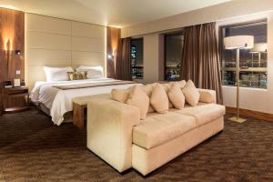 Portillo Hotels