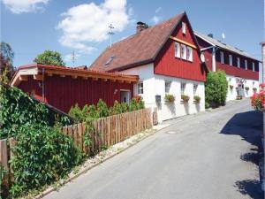 Five-Bedroom Holiday Home in Presseck - Bernstein am Wald
