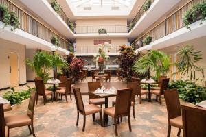 Best Western PLUS Monterrey Airport, Hotels  Monterrey - big - 66