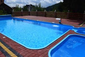 Alpin Hotel, Hotels  Bukovel - big - 15