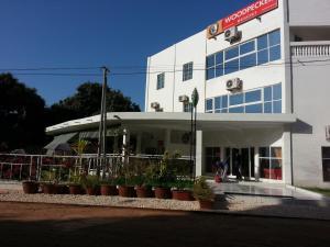 Woodpecker Resort Hotel