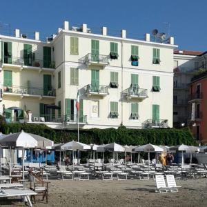 Hotel Eden Alaxi Hotels - AbcAlberghi.com