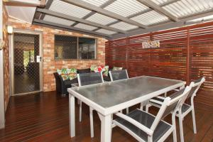 Unit 2, Shady Leaves 47 - 49 Perry St Coolum Beach