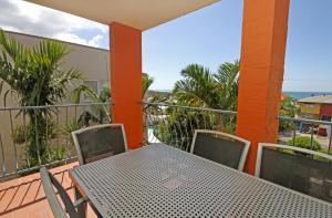 Unit 4, Cooltoro Court, 7 Frank Street Coolum Beach, 400 BOND, LINEN INCLUDED