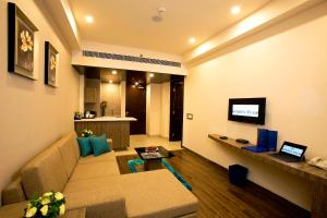 Golden Tulip Suites Gurgaon, Aparthotels  Gurgaon - big - 47