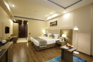 Golden Tulip Suites Gurgaon, Aparthotels  Gurgaon - big - 17