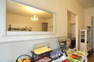 Guest Rooms Kosmopolita, Aparthotels  Krakau - big - 44