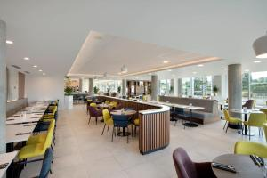 Hampton by Hilton London Stansted Airport (17 of 29)